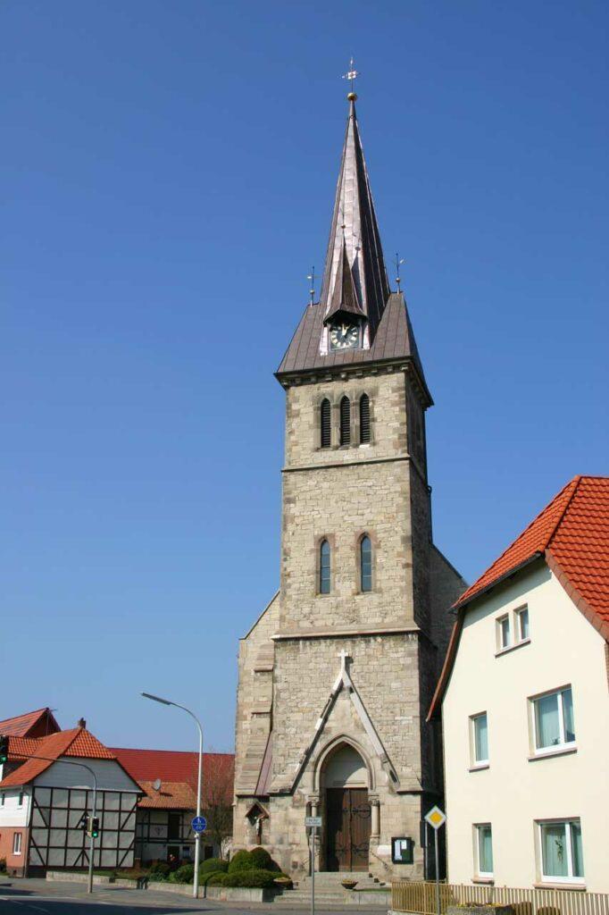 Kirche-Turmhelmsanierung